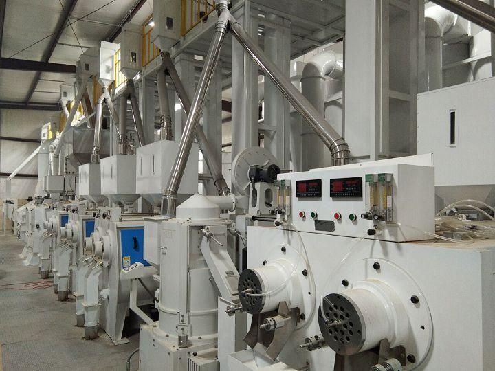 美国阿肯色州日产200吨大米成套设备.jpg